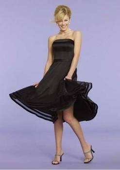 Organza Strapless Short Style Bridesmaid Dress