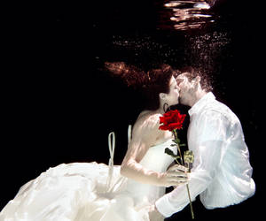 Underwater Romance - The Kiss by SonjaPhotography