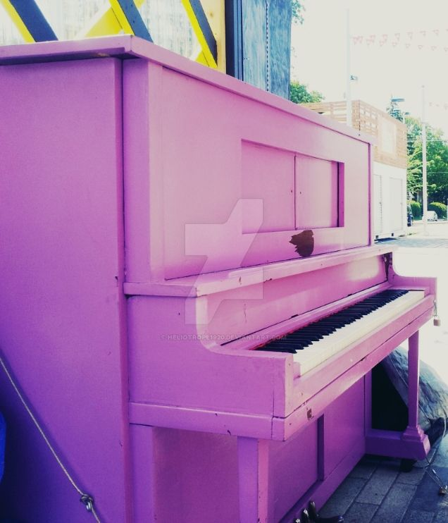 Piano by Heliotrope1920
