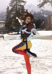 Tracer Cosplay 1 by SparklyChainsaw