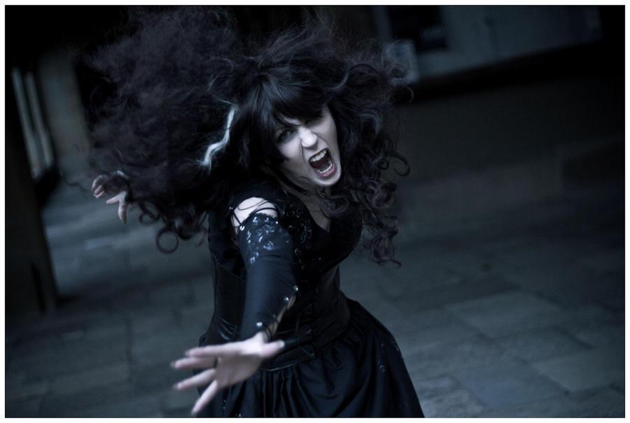Bellatrix : The Death of Dobby by LolaInProgress