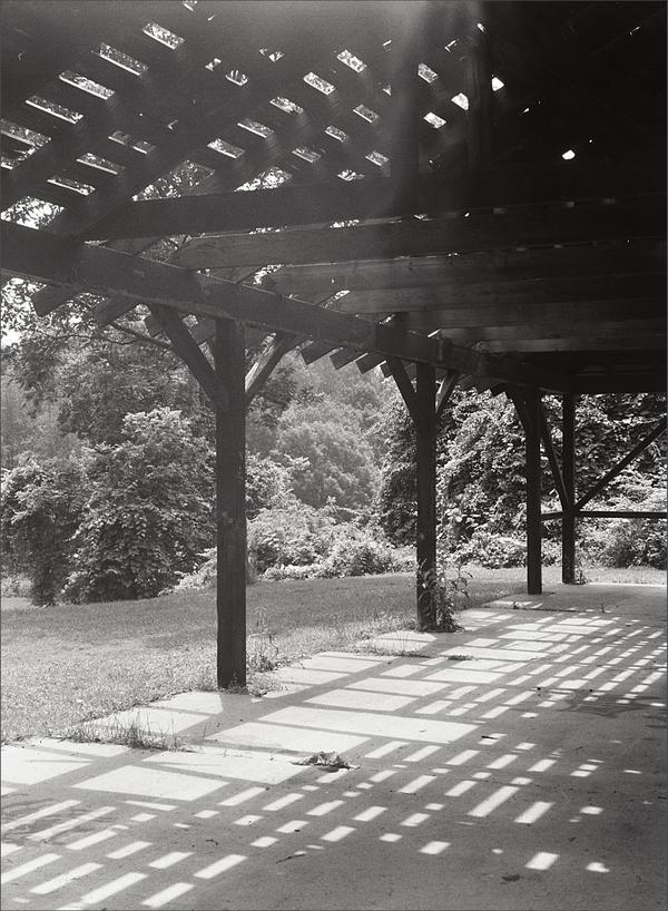 Old pavilion - June 2010 by pearwood