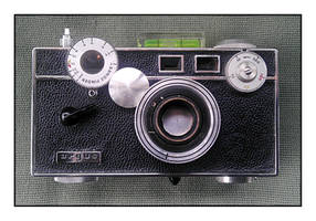 2016-133 Argus C3 Pinhole Camera by pearwood