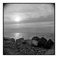 2017-209 Lone paddler on Lake Ontario by pearwood