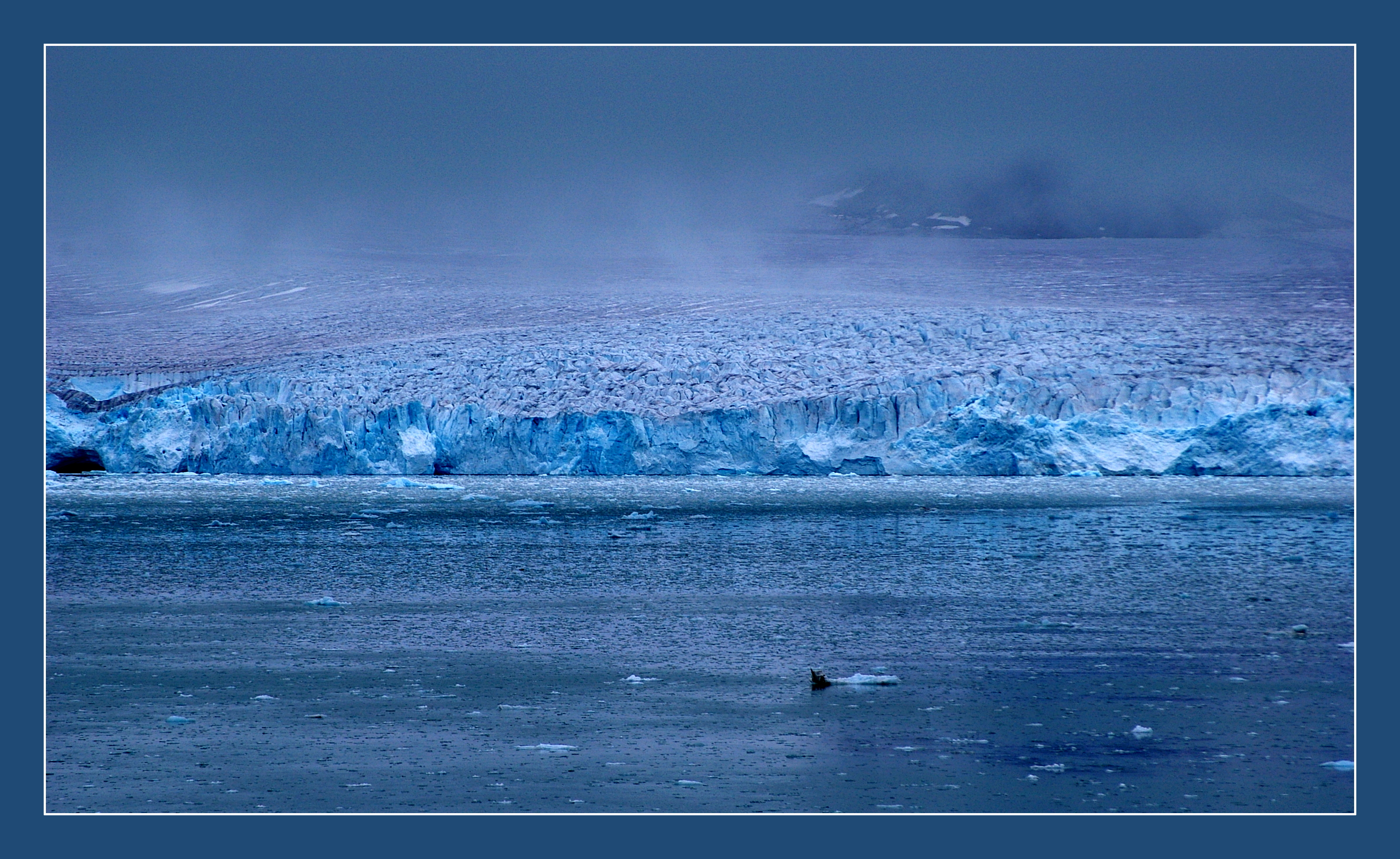 Glacier by Mittelfranke