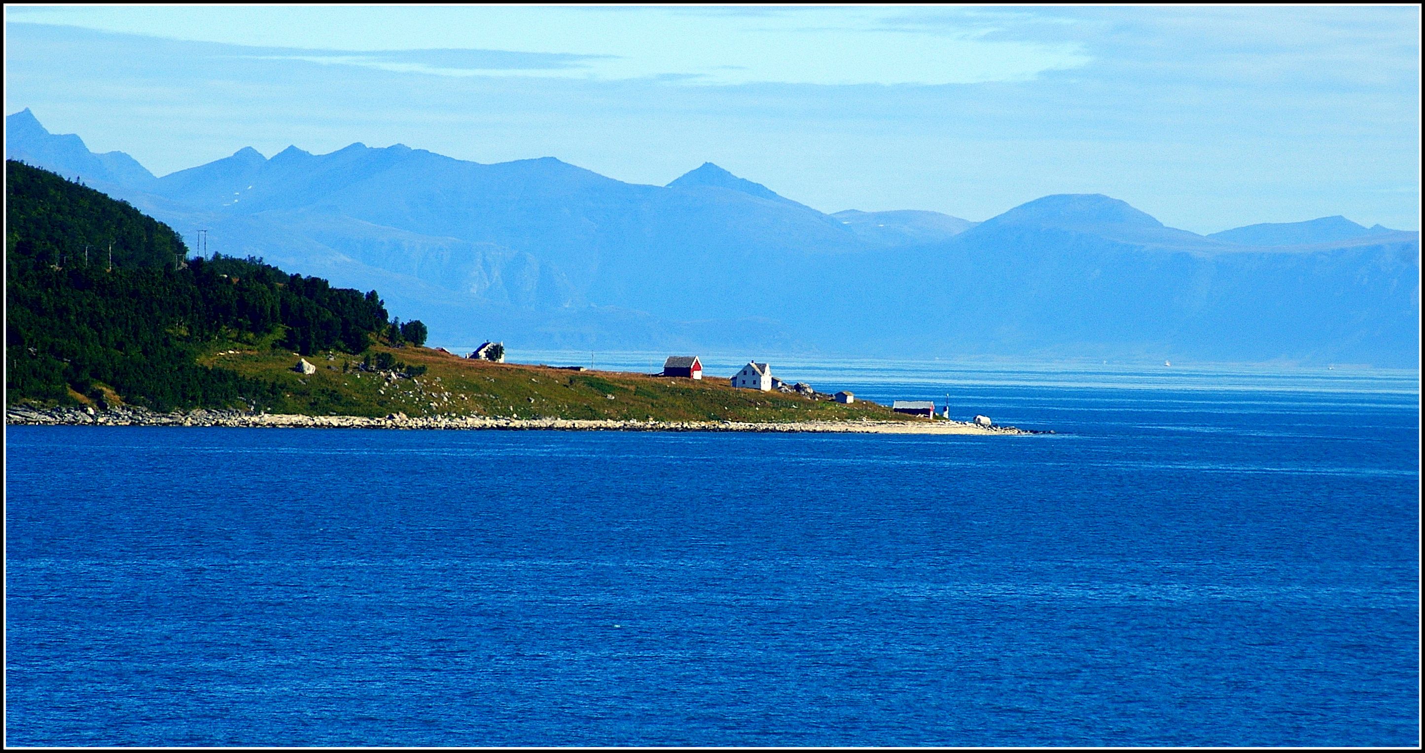 Norways Coastline by Mittelfranke
