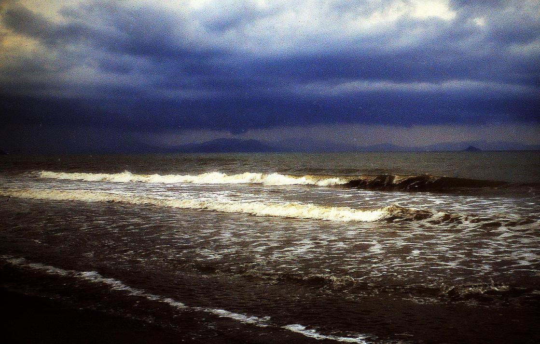 stormy weather by Mittelfranke