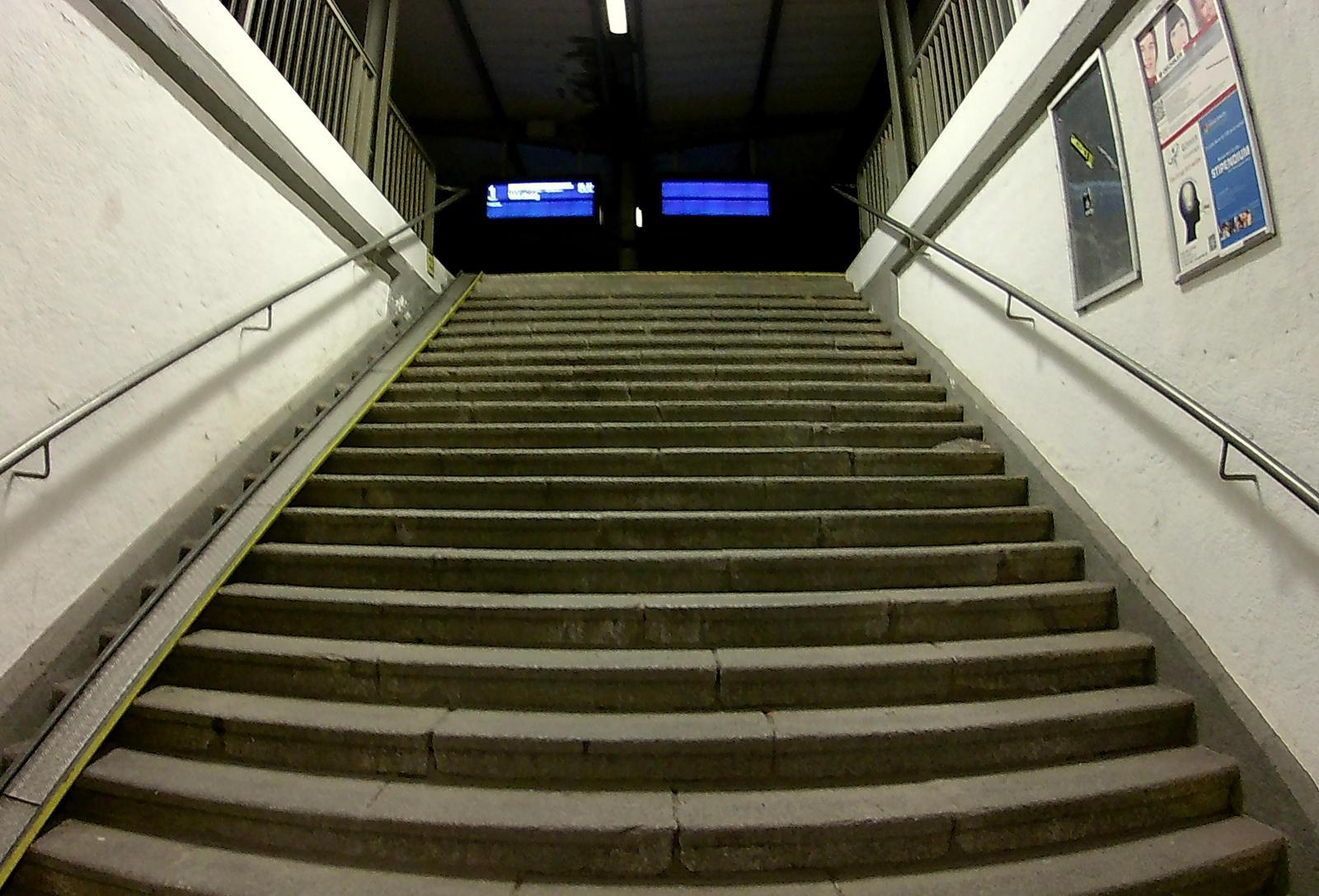 stair to platform 1 by Mittelfranke