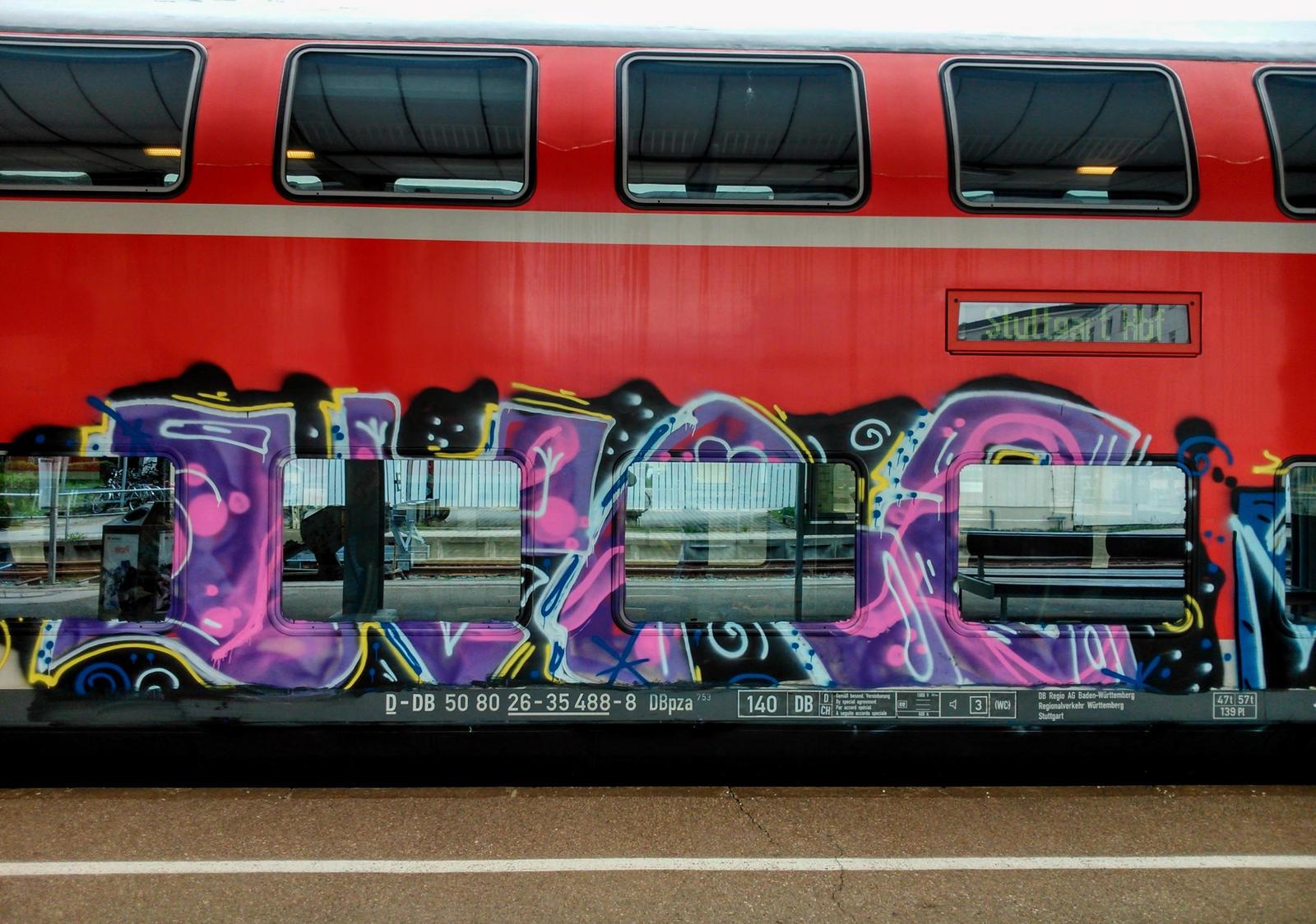 mobile graffito#2 by Mittelfranke