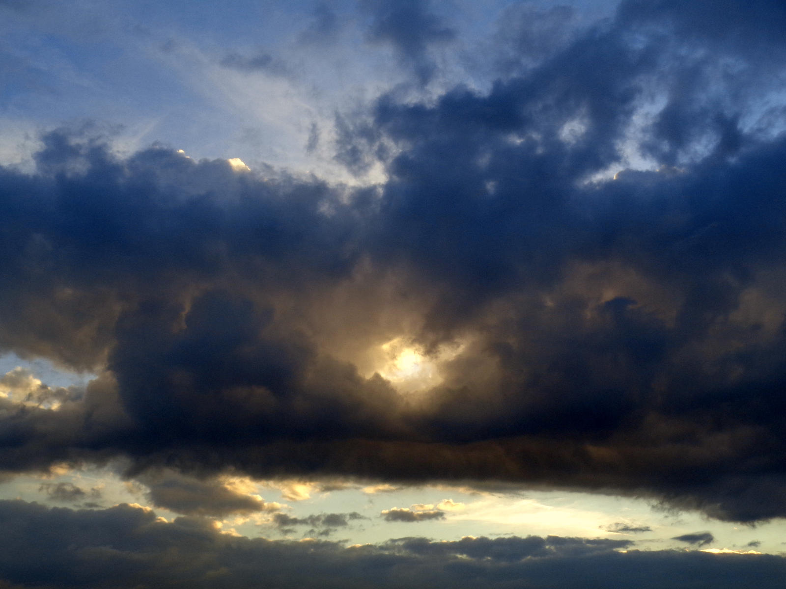 eye in the sky by Mittelfranke