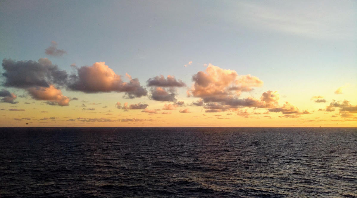 morning in the carribean sea by Mittelfranke