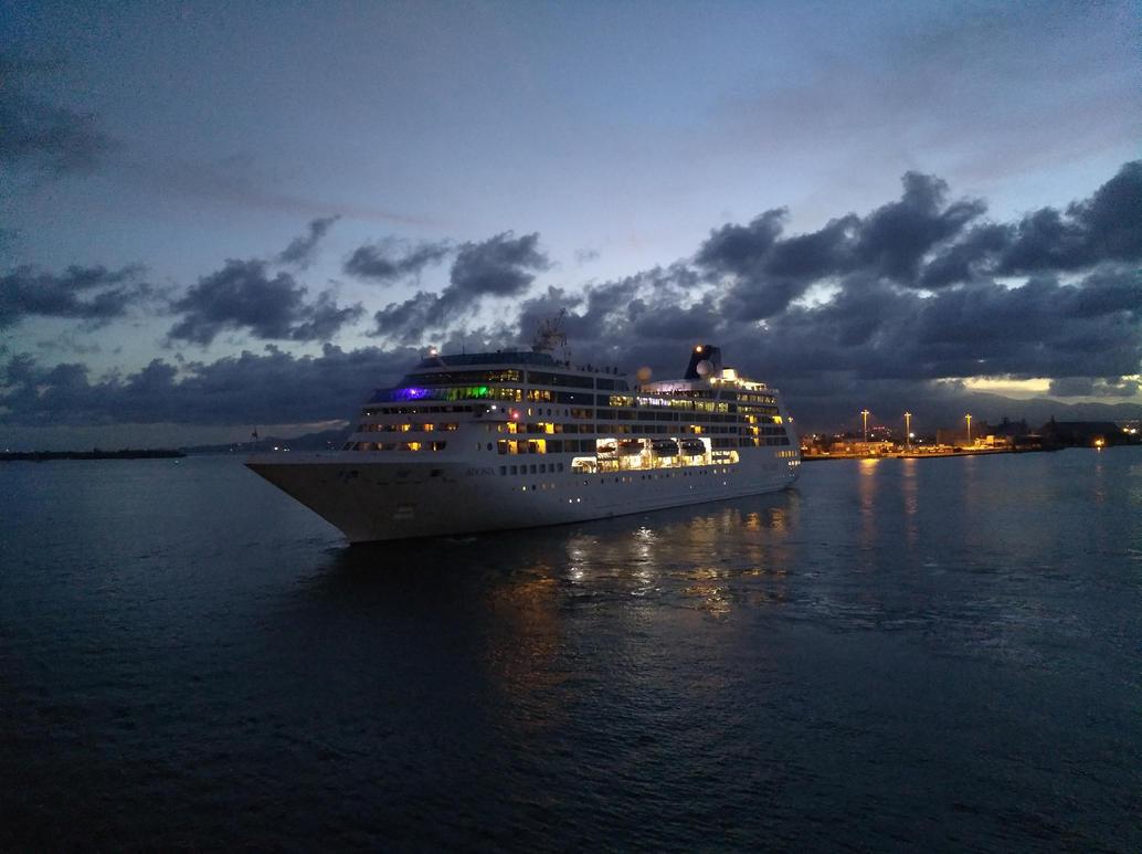 sailing away by Mittelfranke
