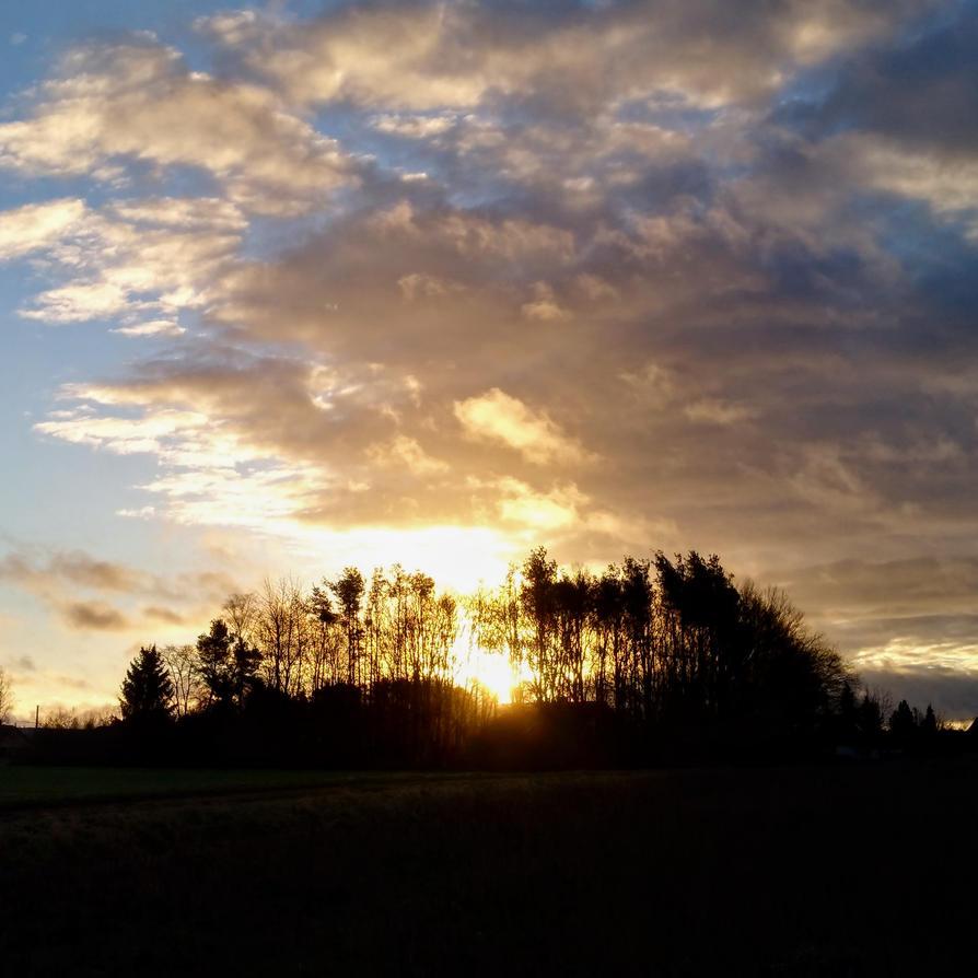 last sunrise 2017 by Mittelfranke