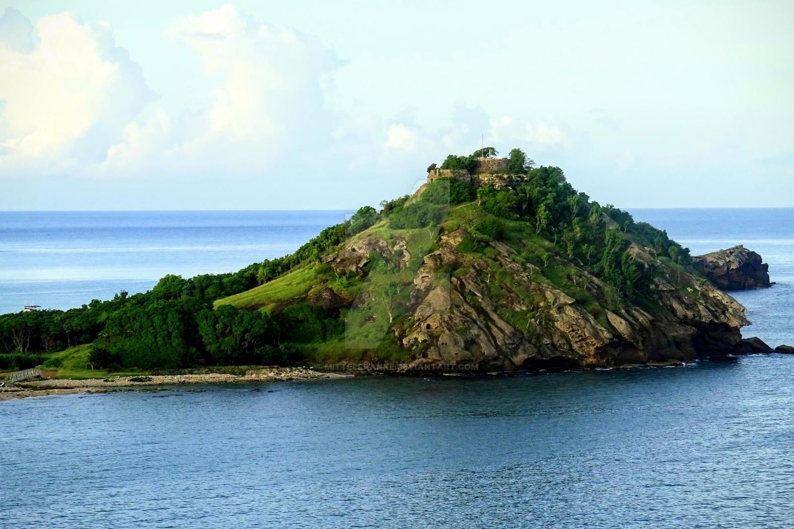 small island by Mittelfranke