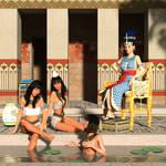 Nefertiti and daughters