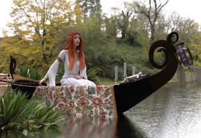 The Lady Of Shalott V2 (Waterhouse tribute) by dazinbane