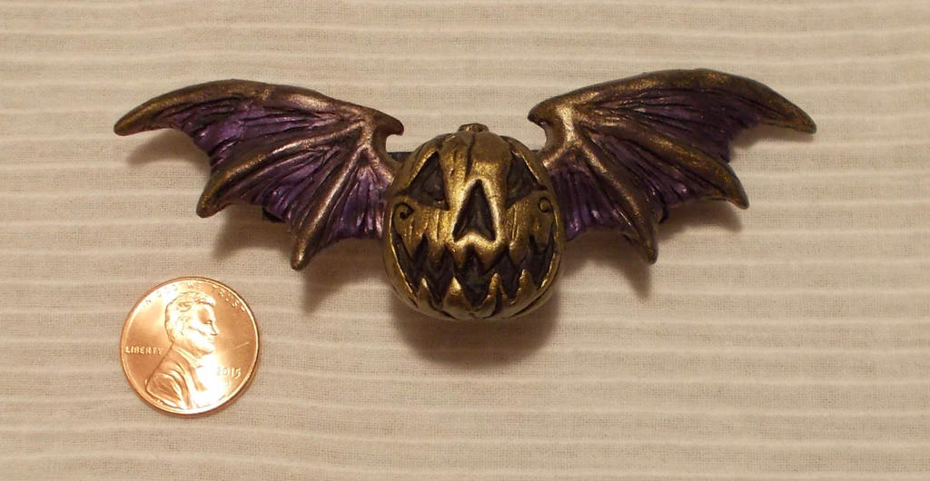 Winged Jack 'o Lantern Barrette by Smilodonna