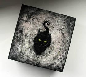 Cat box by Evidriell