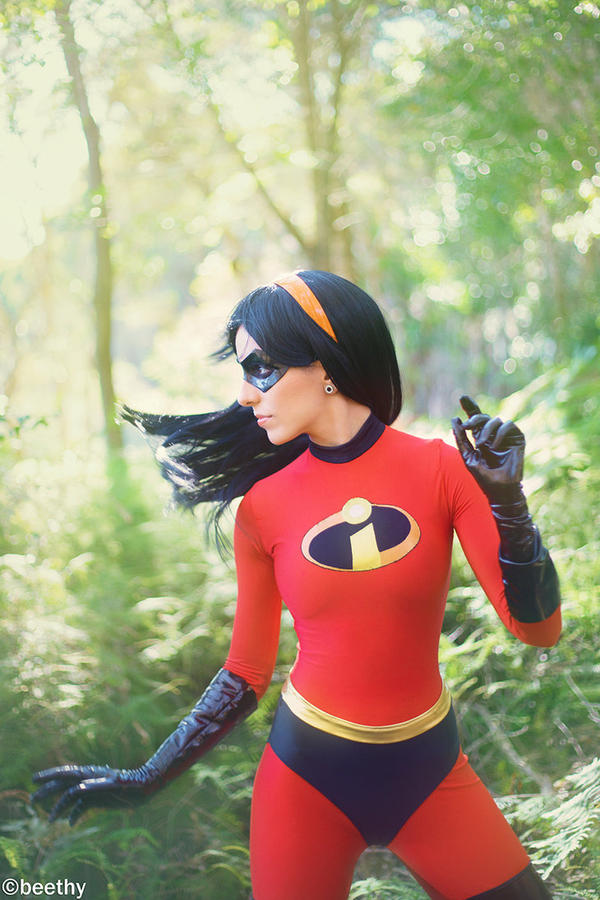 Violet Parr - The Incredibles by Vera-Chimera