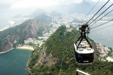 Sugar Loaf's cable car 3 by r-assumpcao