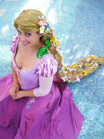 Rapunzel Cosplay by Vendieh