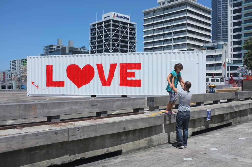 Love by mangawhio