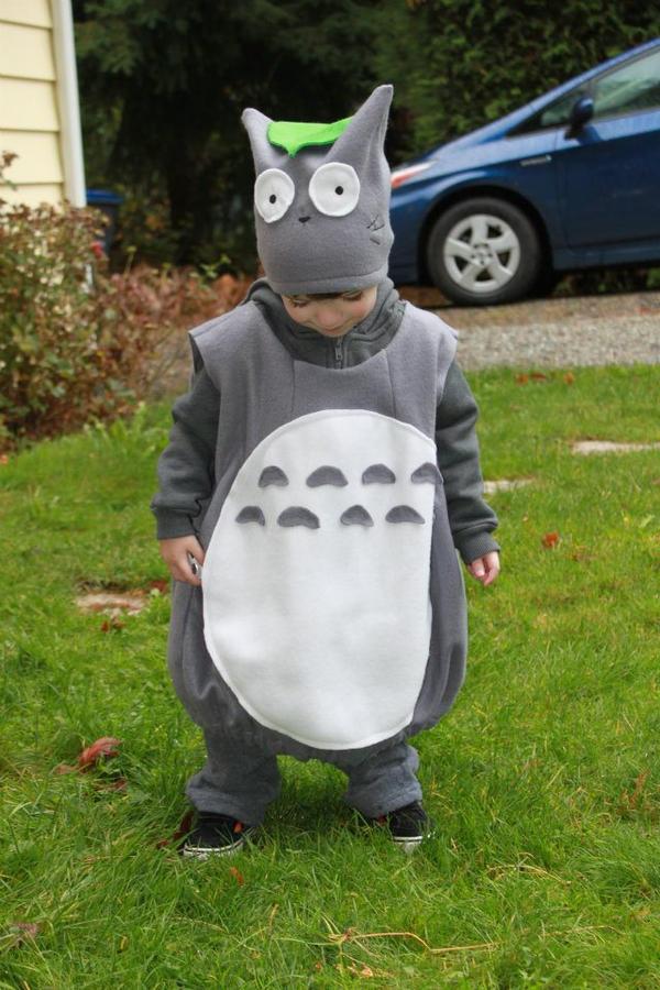Toddler Totoro by JadeFrog