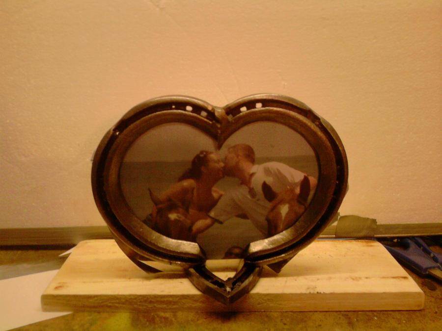 Love Heart horseshoe frame by Sego2860 on DeviantArt