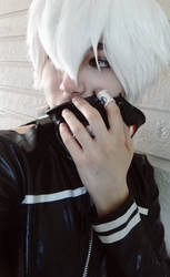 Tokyo Ghoul: Theirs something within me by midnightpb
