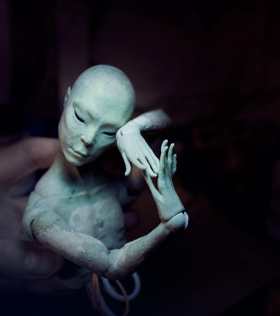 Shin's hands. by Vertebra-p