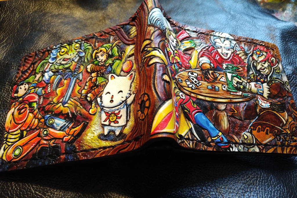Kupo, praise the sun ! Leather wallet by Bubblypies