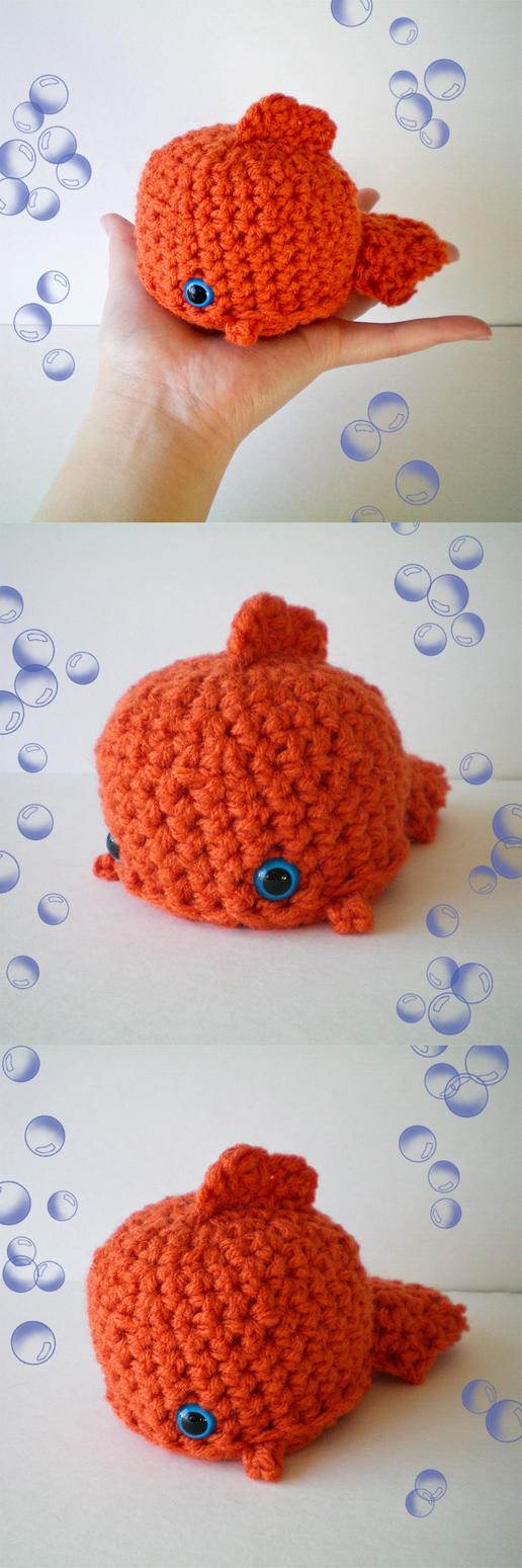 MOCHI Brutus the Goldfish by bobbin4apples