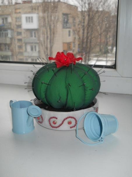 Polystyrene cactus - needle bed 93