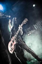 Dixxi rockin' the guitar by DizzyLeijon