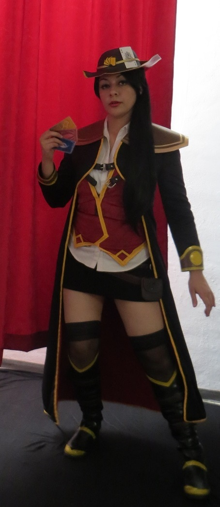 Twisted Fate Cosplay by SoundwaveLover