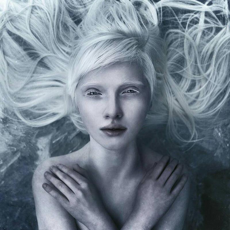 . snow white beauty  by testa-laguza