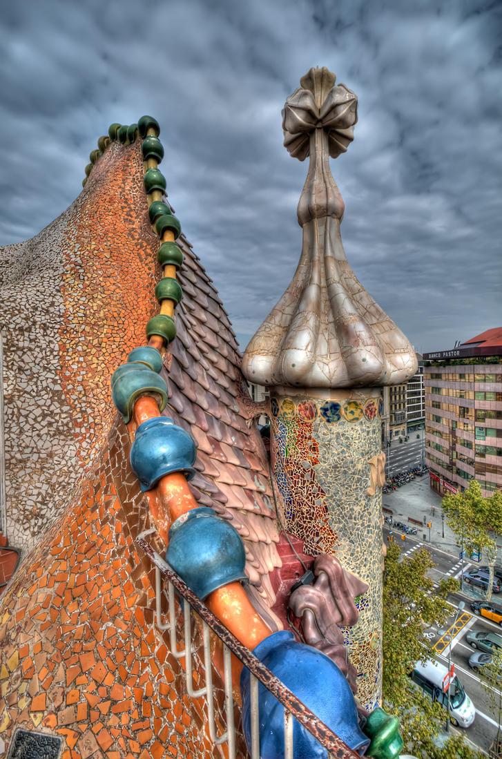 barcelona - gaudi by pwsasus