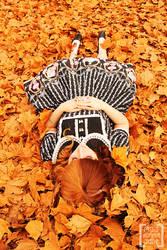 The Falling of Autumn by Kiki-Myaki