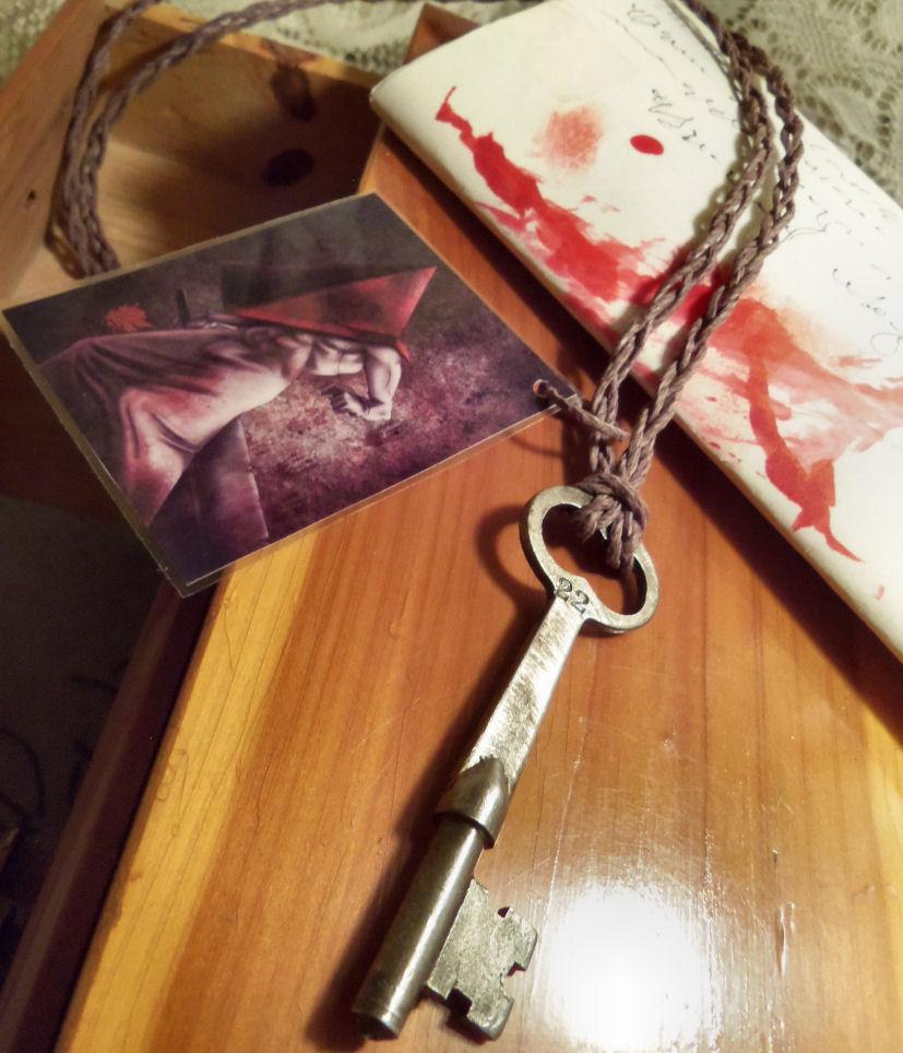 You found a key!-Jewelry by Destinyfall