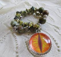 Dragon's eye charm bracelet