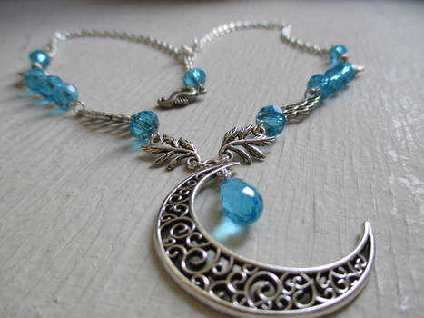 Crystal Moon (Headdress/necklace)