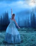 :Dancing under the moonlight: