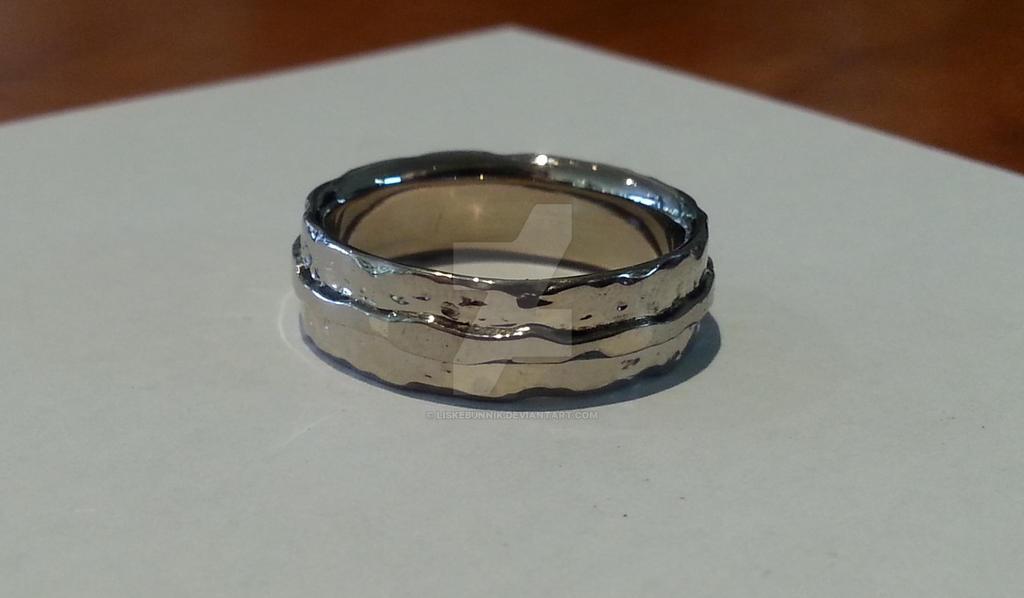 Wedding ring by LiskeBunnik