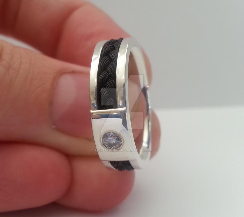 Horsehair ring by LiskeBunnik