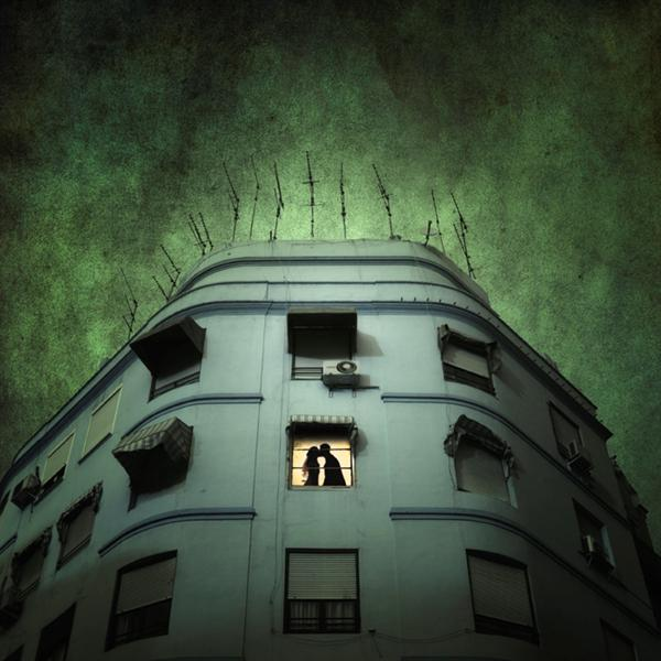 'a media noche' by luisbeltran