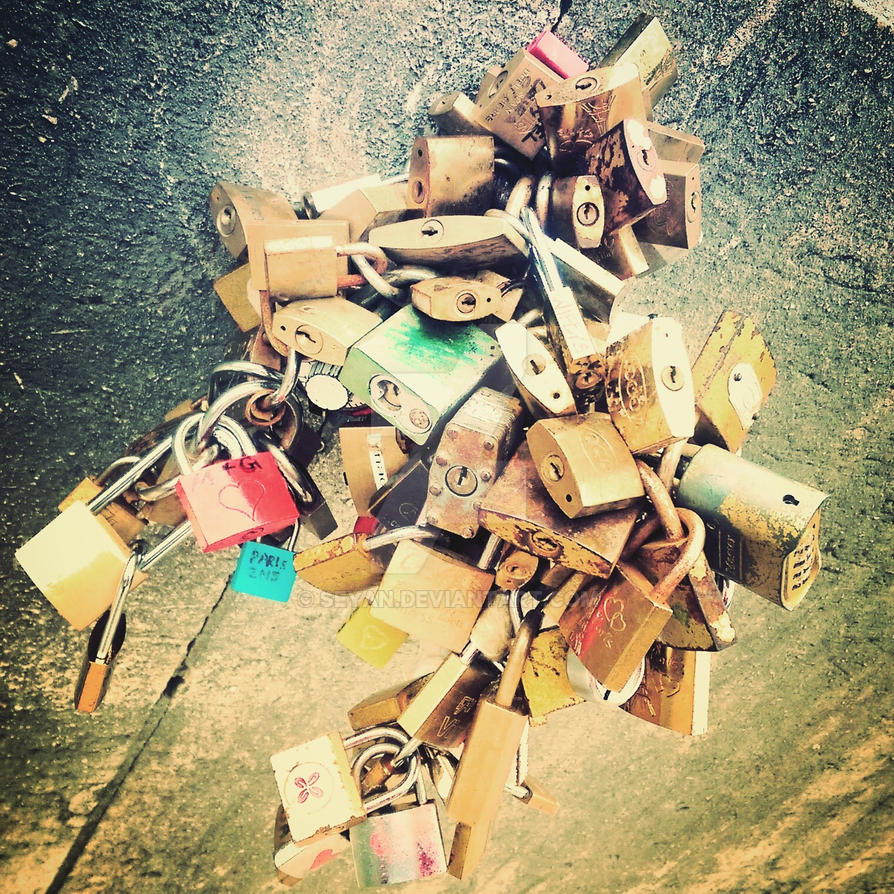 LoveLock by Seyan