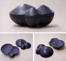 Granite vessel by Astalo