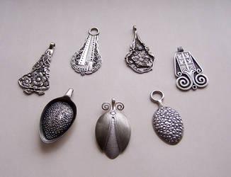 Spoon pendants 1 by Astalo