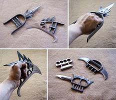 Blade knuckles by Astalo