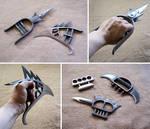 Blade knuckles